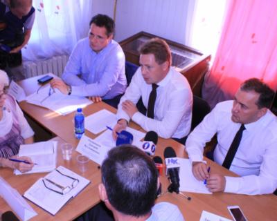 На встрече с ветеранами врио губернатора Севастополя пожелал Дмитрию Белику победы на выборах!