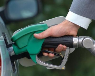 Запасайтесь топливом в канистры! В России могут взлететь цены