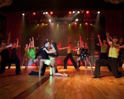 Премьера в Севастопольском академическом театре танца  – хореографический спектакль «Cabaret Express»!