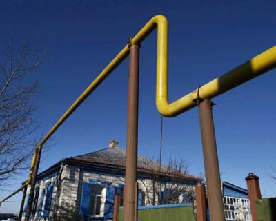 Жительница Севастополя заставила убрать незаконную газовую трубу с участка