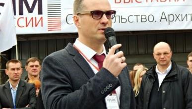 Игорь Здор: «Не хотелось бы, чтобы севастопольцы собирали в трёхлитровую банку мелочь для врио губернатора!»