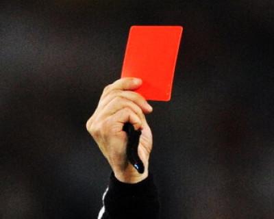 В Севастополе Чалому дали «красную карточку»