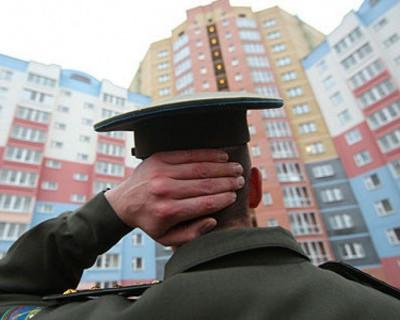 Военнослужащие Севастополя предлагают власть имущим получать зарплату балалайками