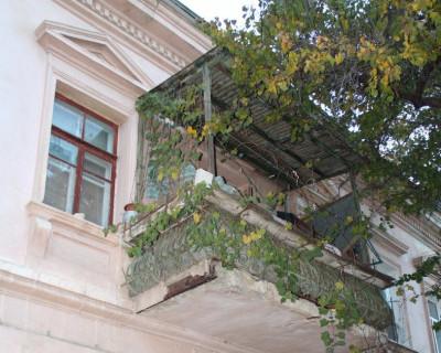 Коммунальная дилемма в Севастополе: платить или нет?