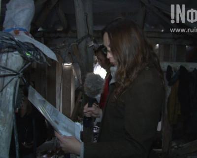 Севастопольцы дежурят с тазиками и вёдрами на крыше дома проспекта Гагарина, 21