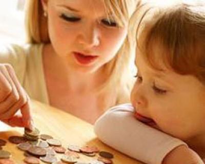 В Севастополе и в Крыму будут выплачивать пособие по уходу за ребенком только до 1,5 лет