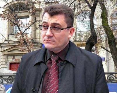 В Севастополе Иван Комелов на стороне «изумрудных» страдалиц?
