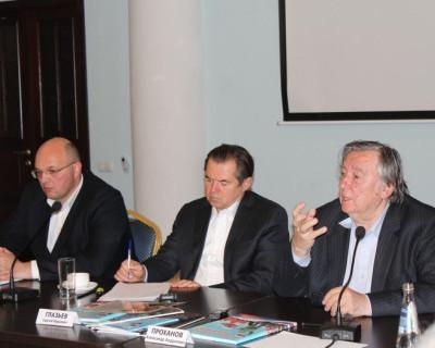 В Севастополе открылось отделение Изборского клуба. В мероприятии принял участие украинский политик
