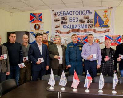 Членов Общественной палаты Севастополя отметили высокими наградами