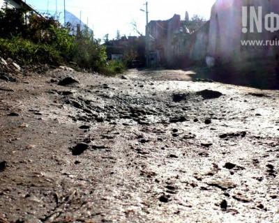 Севастополь, улица Гусева: здесь нет дорог и тротуаров, а нечистоты сливают под ноги!