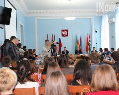Севастополь собрал на Саммит молодежь из 12 стран мира