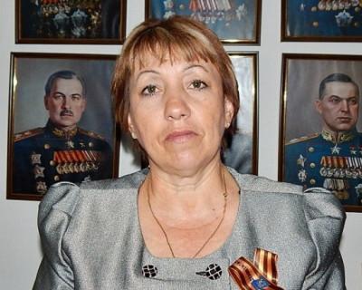 Поздравление руководителя РО ООД «Бессмертный полк России» в городе Севастополе Нины Прудниковой