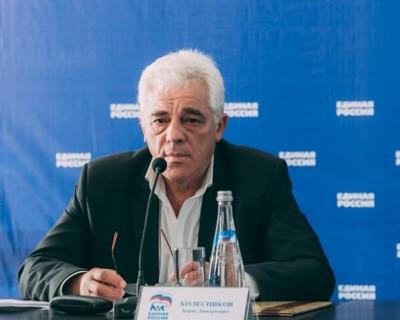 Борис Колесников: «Всех хороших людей Севастополя с Новым годом!»