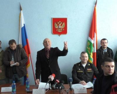 Жители Севастополя за предложенную Минобороны концепцию парка «Патриот». Депутаты - против