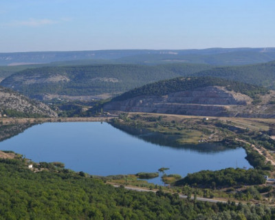 Почему вода из водоёма у горы Гасфорта непригодна для питья?