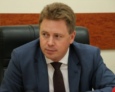 Врио губернатора Севастополя: и чтец, и жнец, и на дуде игрец?