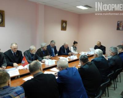 Севастопольцы раскритиковали программу Чалого и призвали к роспуску Законодательного Собрания