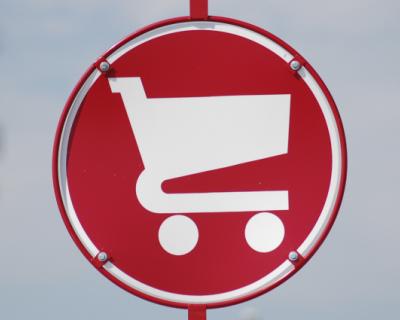 В чьих интересах промышляют таинственные защитники севастопольских потребителей?