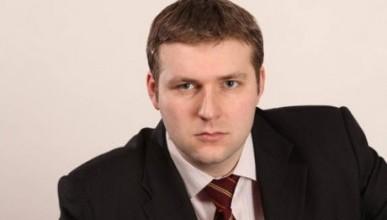 Илья Гращенков: «Аксенову не страшны ни компромат, ни заговоры»
