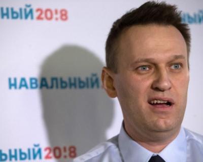 Трусливый Навальный - Вандальный и рассерженные горожане