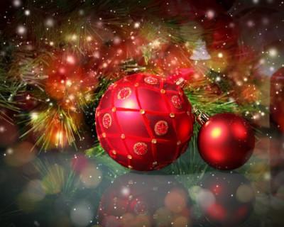 В Севастополе продолжается сбор новогодних игрушек для  каждой центральной елки региона России
