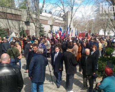 Севастопольцы выразили солидарность с петербуржцами