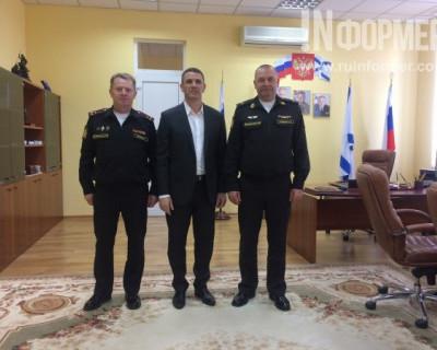 В Севастополе начальник Нахимки и президент Федерации ММА договорились о чём-то важном