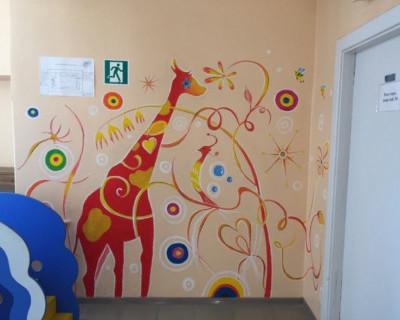 В Севастополе заискрились яркими красками стены ещё одной поликлиники!
