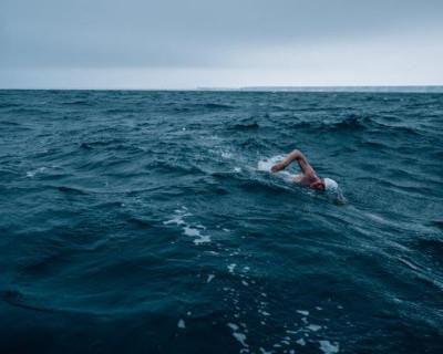 Какие цели преследует севастопольский «пловец-экстремал»?