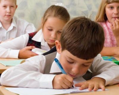 Глава города отчитался о развитии севастопольских школ