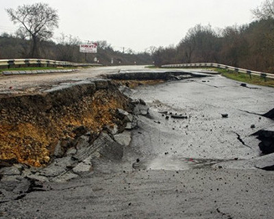 В Севастополе почти закончили «лечение» изувеченной трассы