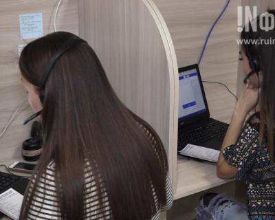 Работники саll-центра Мобильного медицинского центра Евгения Кабанова: «Удобство абонентов прежде всего!»
