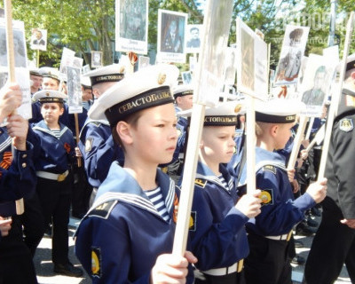 Успейте присоединиться к колонне «Бессмертного полка» в Севастополе (телефоны горячей линии)
