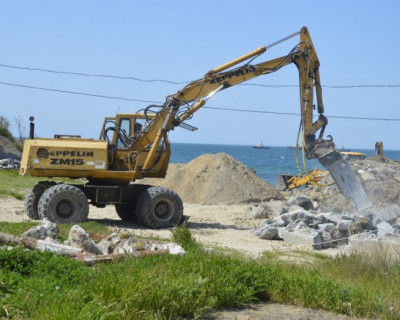Пляж «Солнечный» в Севастополе: быть или не быть?