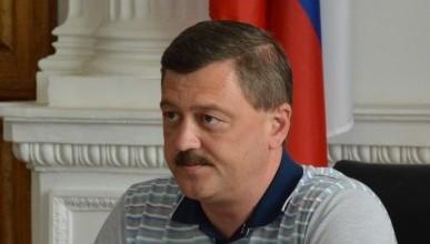 Клеймящий «укрофеодалов» депутат Севастополя Кажанов остается гражданином Украины?