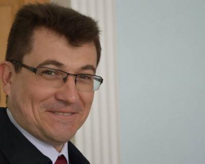Депутаты Заксобрания Севастополя не знают, что делать с общественником Комеловым
