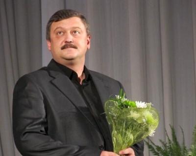 Севастопольский депутат устраивает разборки в стиле 90-х (фото)