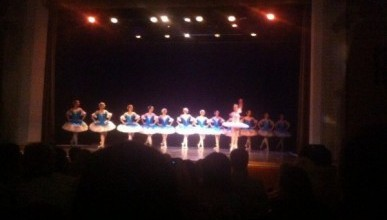 Боль, грусть и фрустрация: в Севастополе «отгремел» балет в спичечном коробке