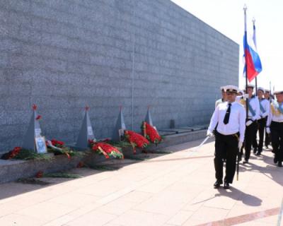 Общественница Севастополя требует привлечь Чалого и Алтабаеву за нарушения процедуры захоронения на 35-й батарее
