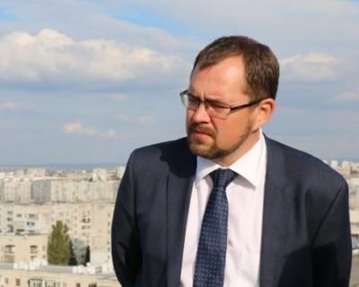 Чего боится и.о. директора Фонда содействия капремонта Севастополя Максим Рудь?