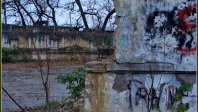 Исторический бульвар в состоянии войны с... (70 фото)