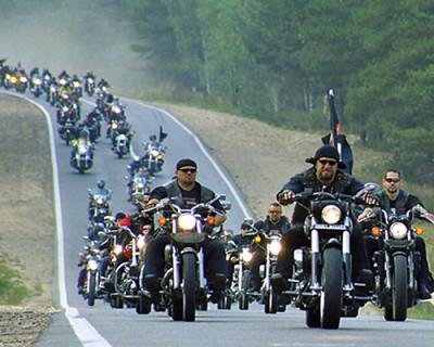 Россияне хотят, чтобы мотоклуб «Ночные волки» получал господдержку