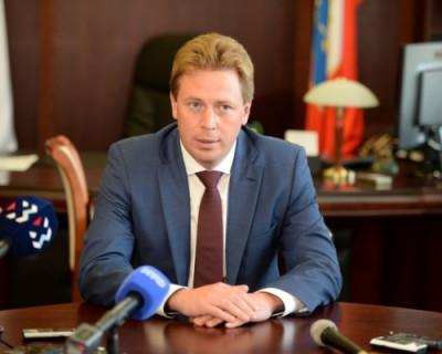Губернатор Севастополя пообещал позже рассказать о судьбе поскандалившего в детской больнице заместителя