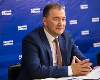 Депутат Госдумы РФ Дмитрий Белик поздравил губернатора Дмитрия Овсянникова с победой!
