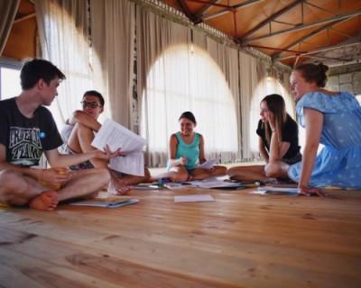 «Тетрадка дружбы» объединяет севастопольские школы