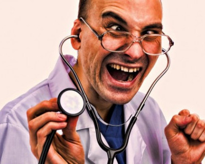 На севастопольском сайте снова коммунистическая лихорадка: требуется доктор?!