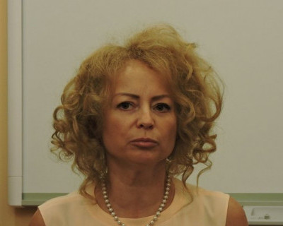 Губернатор Севастополя отправил даму с задорными кудряшками за вдохновением и заслушает доклад через неделю