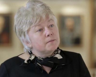 Готова ли сенатор от Севастополя Ольга Тимофеева отдыхать на Солдатском пляже?