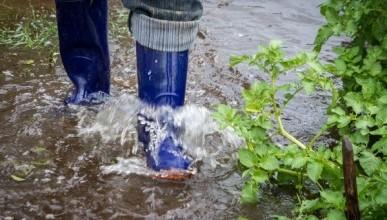 Москву затопило канализационными водами (ВИДЕО)