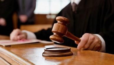 Севастопольского коммерсанта с сомнительной репутацией решением суда выселили из квартиры